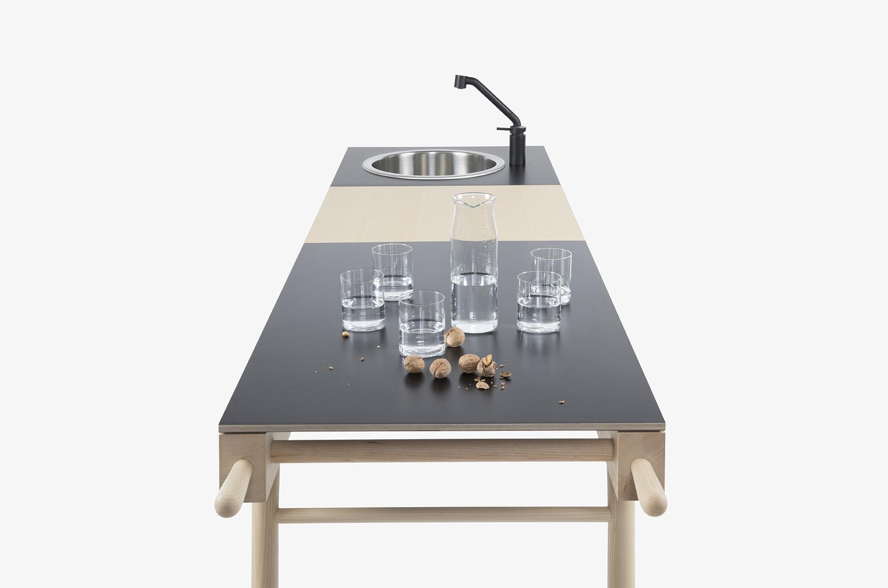 black demountable kitchen STIP BY STIP