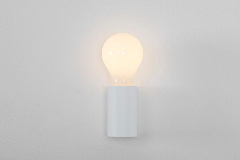 lampada semplice bianca
