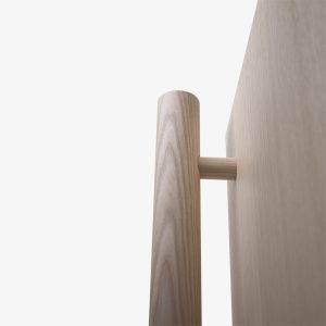 armadio legno moderno