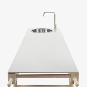 cucina isola design semplice