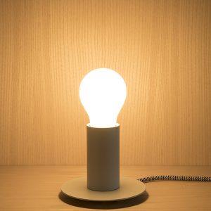 lampada da tavolo senza schermo